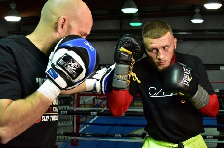 Aron Martinez Media Workout_Workout_Team Sammy Vasquez _ Premier Boxing Champions1 (720x477)_1