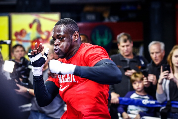 DEONTAY WILDER-MEDIA WORKOUT-01122015-7670 (720x480)_4
