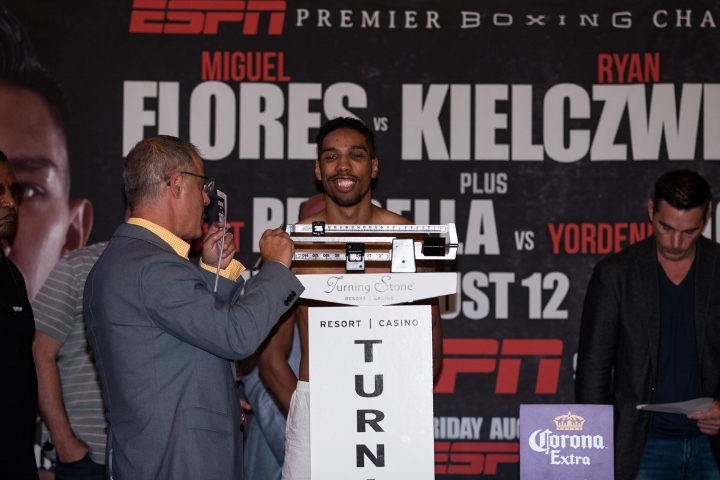 Jamal James Weigh In_08_12_2016_Weigh-in_Brett Carlsen _ Premier Boxing Champions (720x480)
