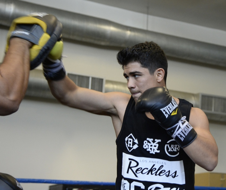 Joseph Diaz Jr_workout_03 (720x607)