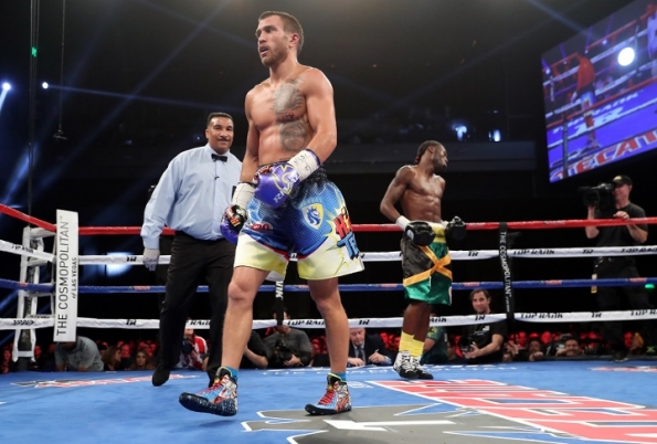 LOMACHENKO_WALTERS_FIGHTACTION1 (720x487)