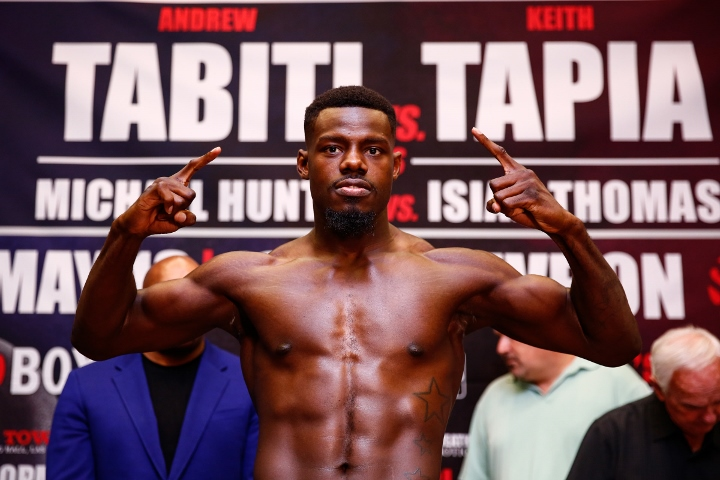 LR_WEIGH IN-ANDREW TABITI-TRAPPFOTOS-05122016-0966 (720x480)_2