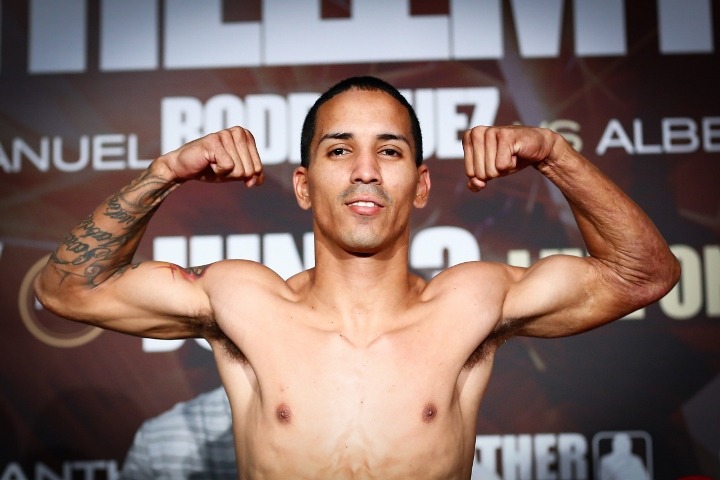 LR_WEIGH IN-EMMANUEL RODRIGUEZ-TRAPPFOTOS-06022016-6746 (720x480)