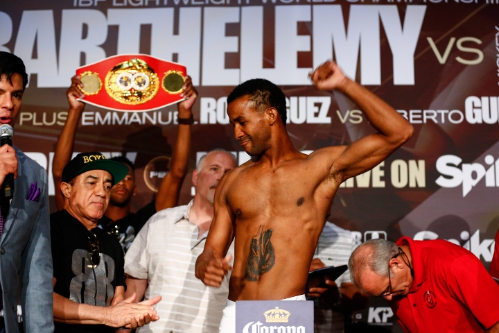 LR_WEIGH IN-RANCES BARTHELEMEY-TRAPPFOTOS-06022016-6830 (720x480)