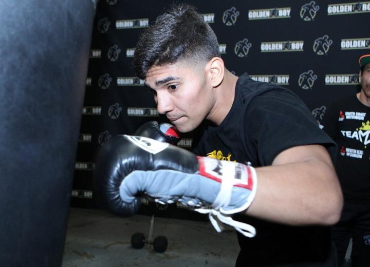Antonio Orozco training for battle