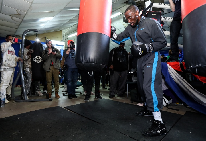 Terence_Crawford_heavybag2 (720x495)