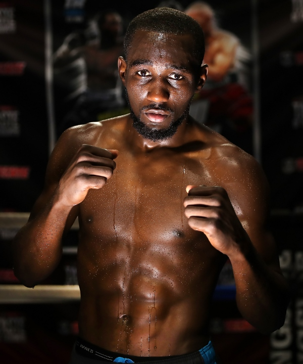 Terence_Crawford_mediaday_pose2 (600x720)