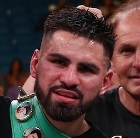 Jose Ramirez Blasts Out Maurice Hooker in Sixth Round of a War