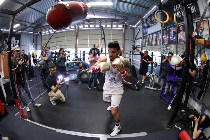 abner-mares (15)