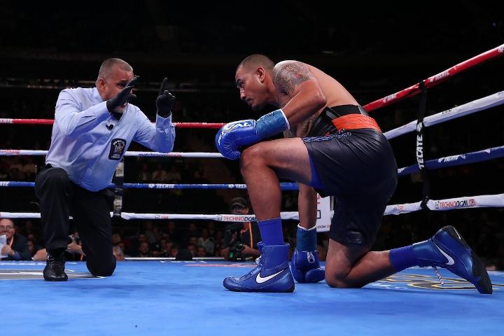 ali-akhmedov-hernandez-fight (3)