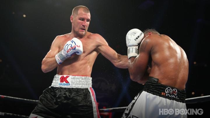 alvarez-kovalev-fight (13)