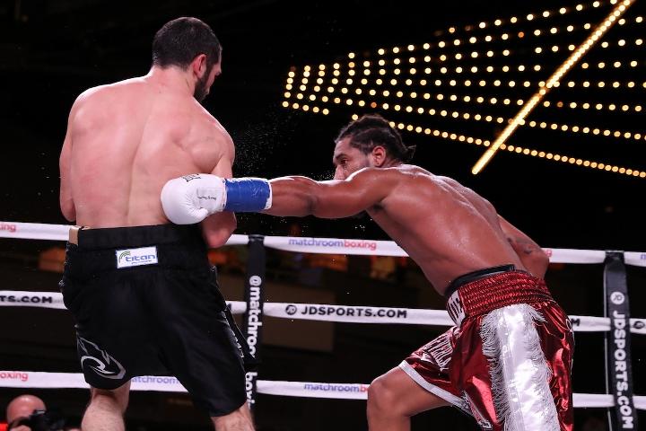 andrade-akavov-fight (13)