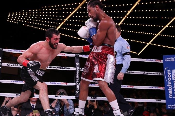 andrade-akavov-fight (20)