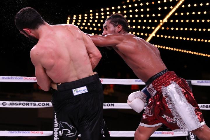 andrade-akavov-fight (21)