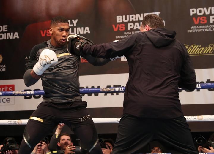 https://photo.boxingscene.com/uploads/anthony-joshua%20(10)_4.jpg