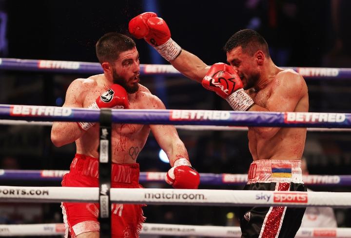 avanesyan-kelly-fight (45)