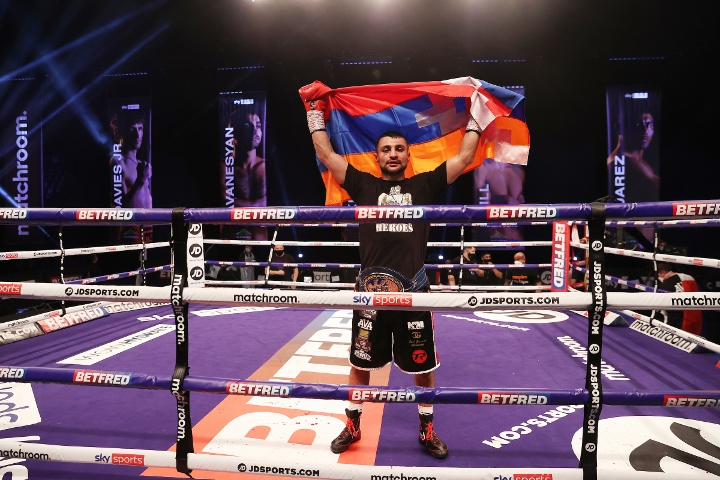 avanesyan-kelly-fight (47)