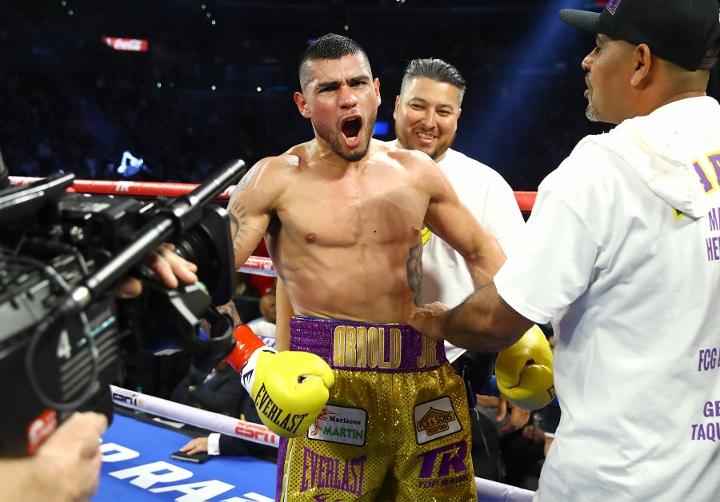 barboza-alvarado-fight (11)