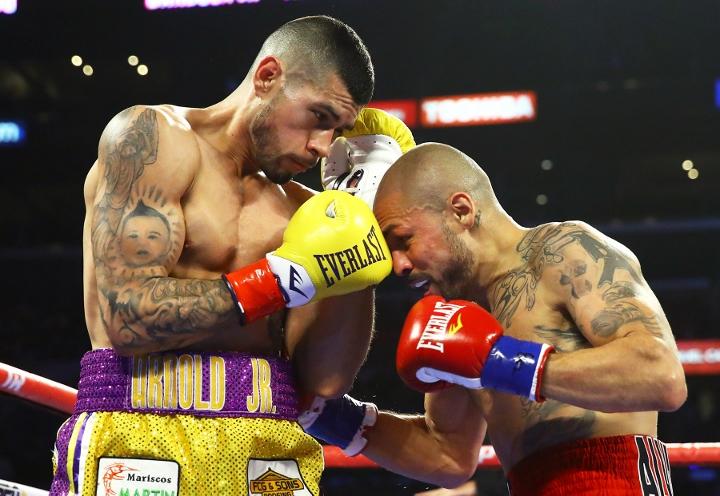 barboza-alvarado-fight (4)