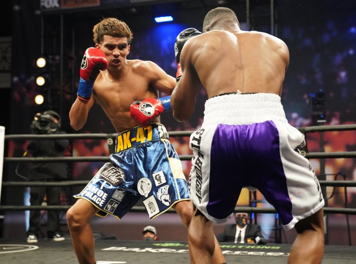 barrientes-lawson-fight (16)