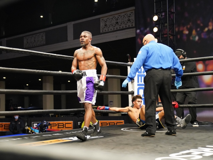 barrientes-lawson-fight (18)