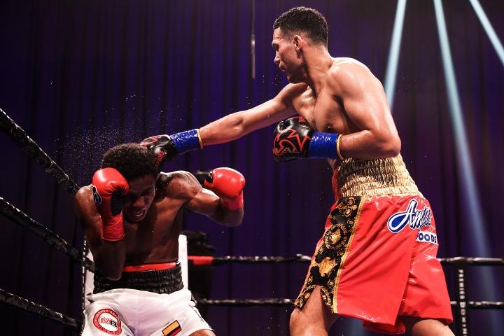benavidez-angulo-fight (12)