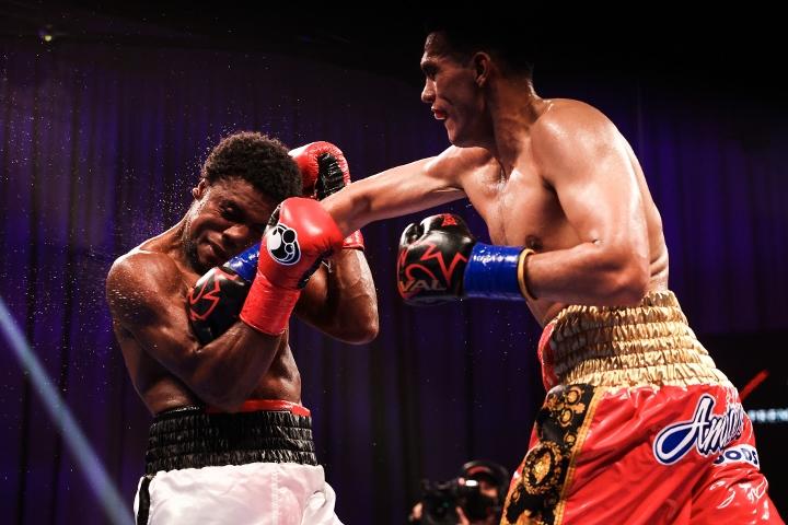 benavidez-angulo-fight (15)