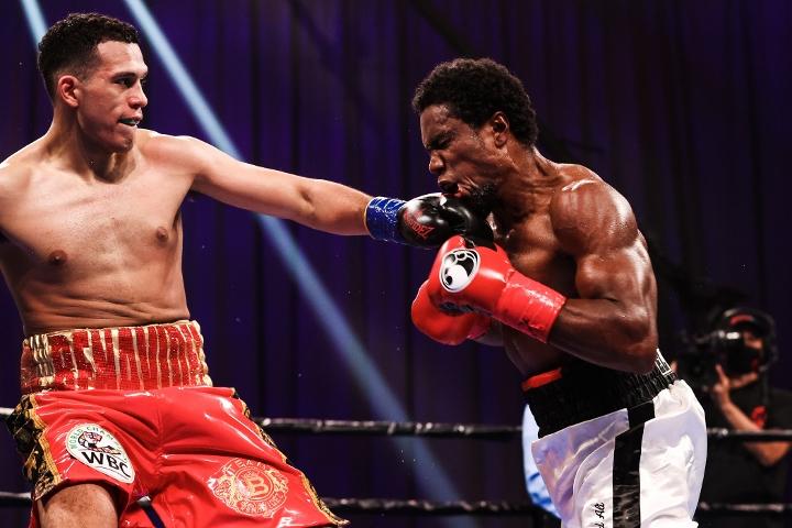 benavidez-angulo-fight (3)