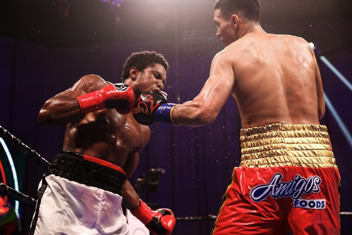 benavidez-angulo-fight (8)
