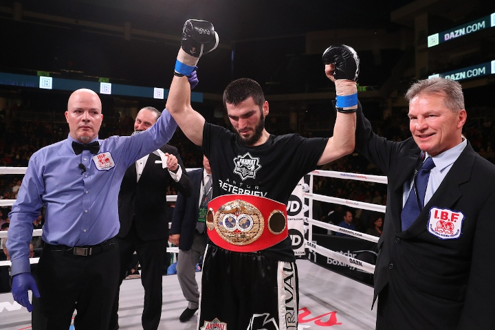 beterbiev-johnson-fight (18)