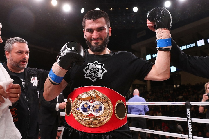 beterbiev-johnson-fight (19)