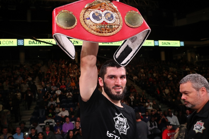 beterbiev-johnson-fight (20)