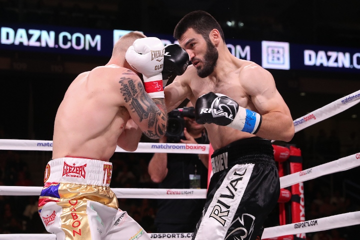 beterbiev-johnson-fight (25)
