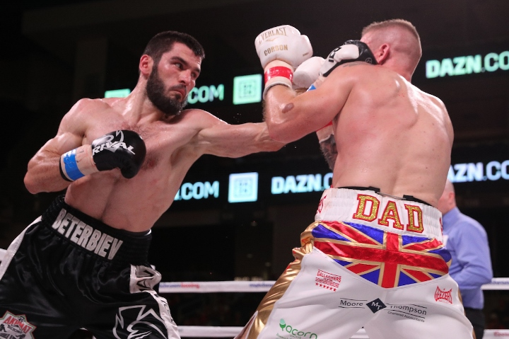 beterbiev-johnson-fight (7)