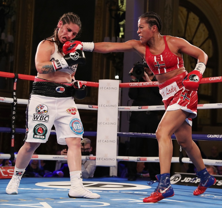 braekhus-bustos-fight (13)