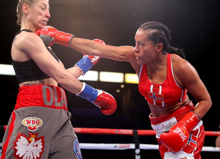 braekhus-lopes-fight (4)