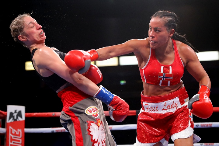braekhus-lopes-fight (5)