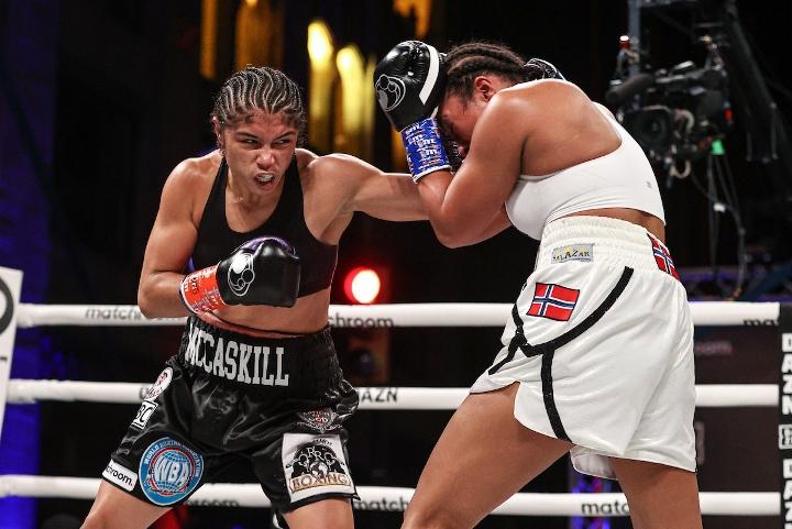 braekhus-mccaskill-fight (10)