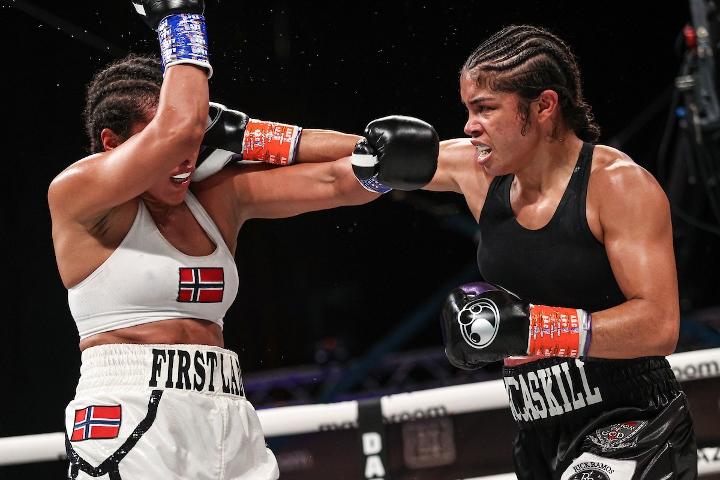braekhus-mccaskill-fight (21)
