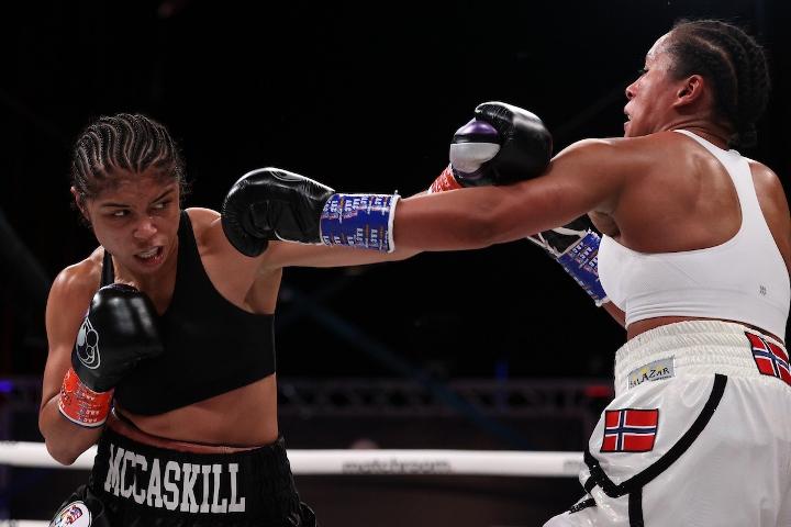 braekhus-mccaskill-fight (8)