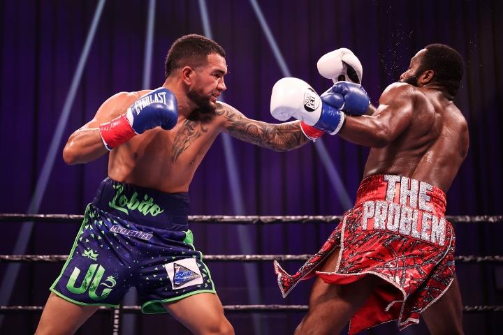 broner-santiago-fight (17)