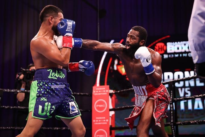 broner-santiago-fight (18)