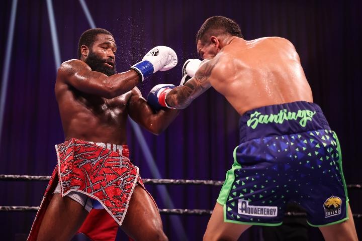 broner-santiago-fight (31)