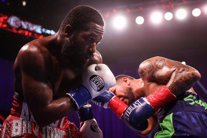 broner-santiago-fight (45)