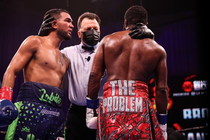 broner-santiago-fight (46)