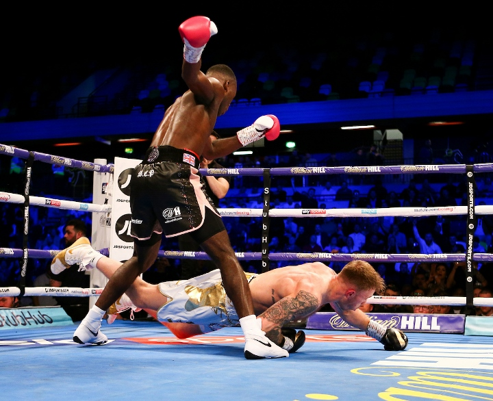 buatsi-conroy-fight (6)