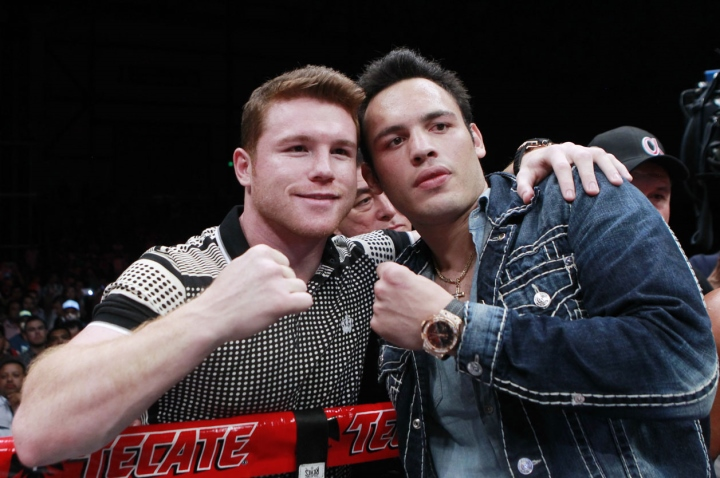 http://photo.boxingscene.com/uploads/canelo-chavez-jr_2.jpg
