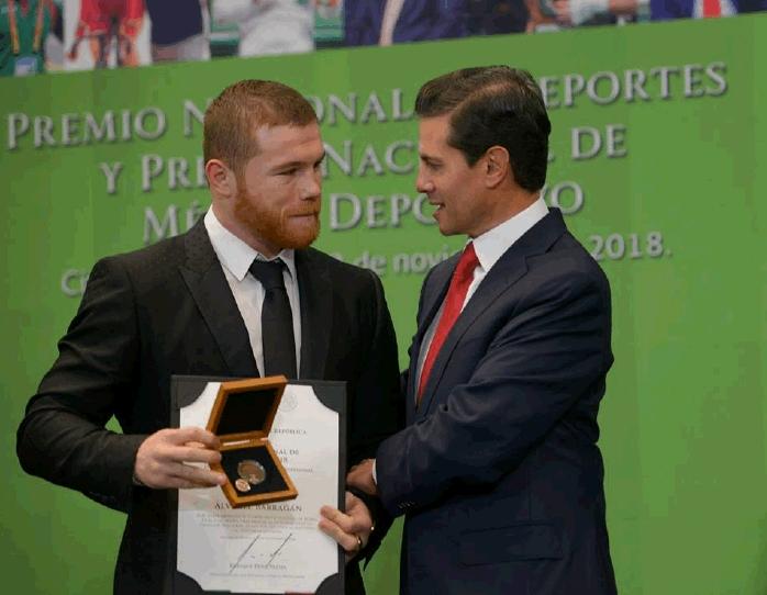 canelo-mexico-award