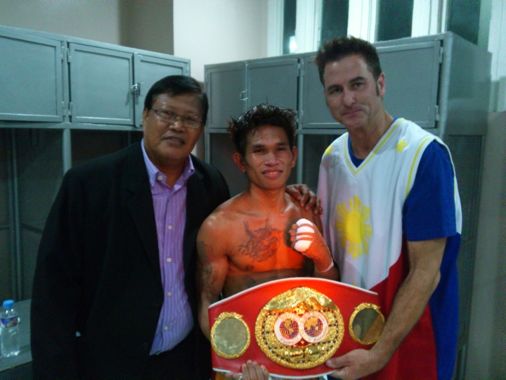 Casimero stops Tete to win WBO bantamweight belt