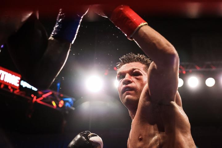 charlo-derevyancehnko-fight (10)